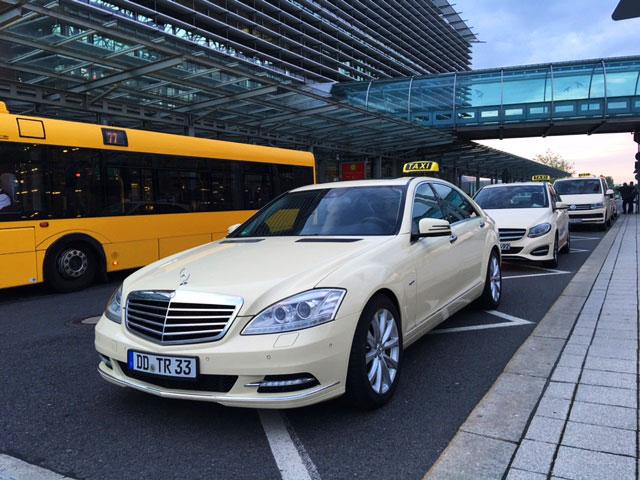 https://www.taxi-dresden24.de/assets/images/taxi-bilder/taxi-flughafen-dresden.jpg